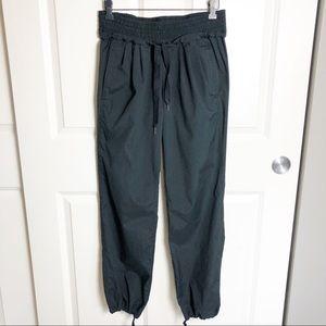 Lululemon Jogger Style Pant black Size 6